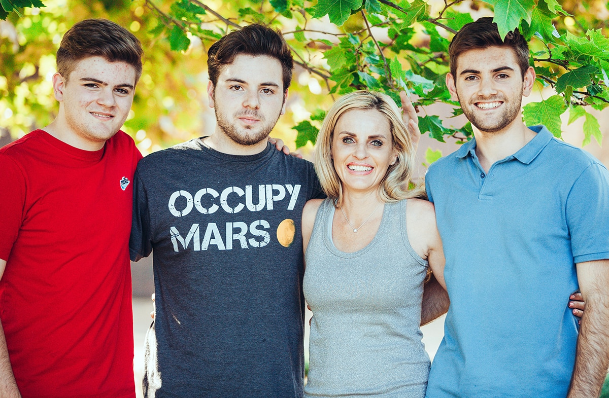 Janessa Leita and family